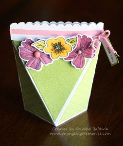 Spring-themed Self Closing Box