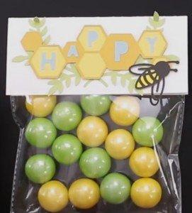 Cricut Flower Market Bee Bag Topper