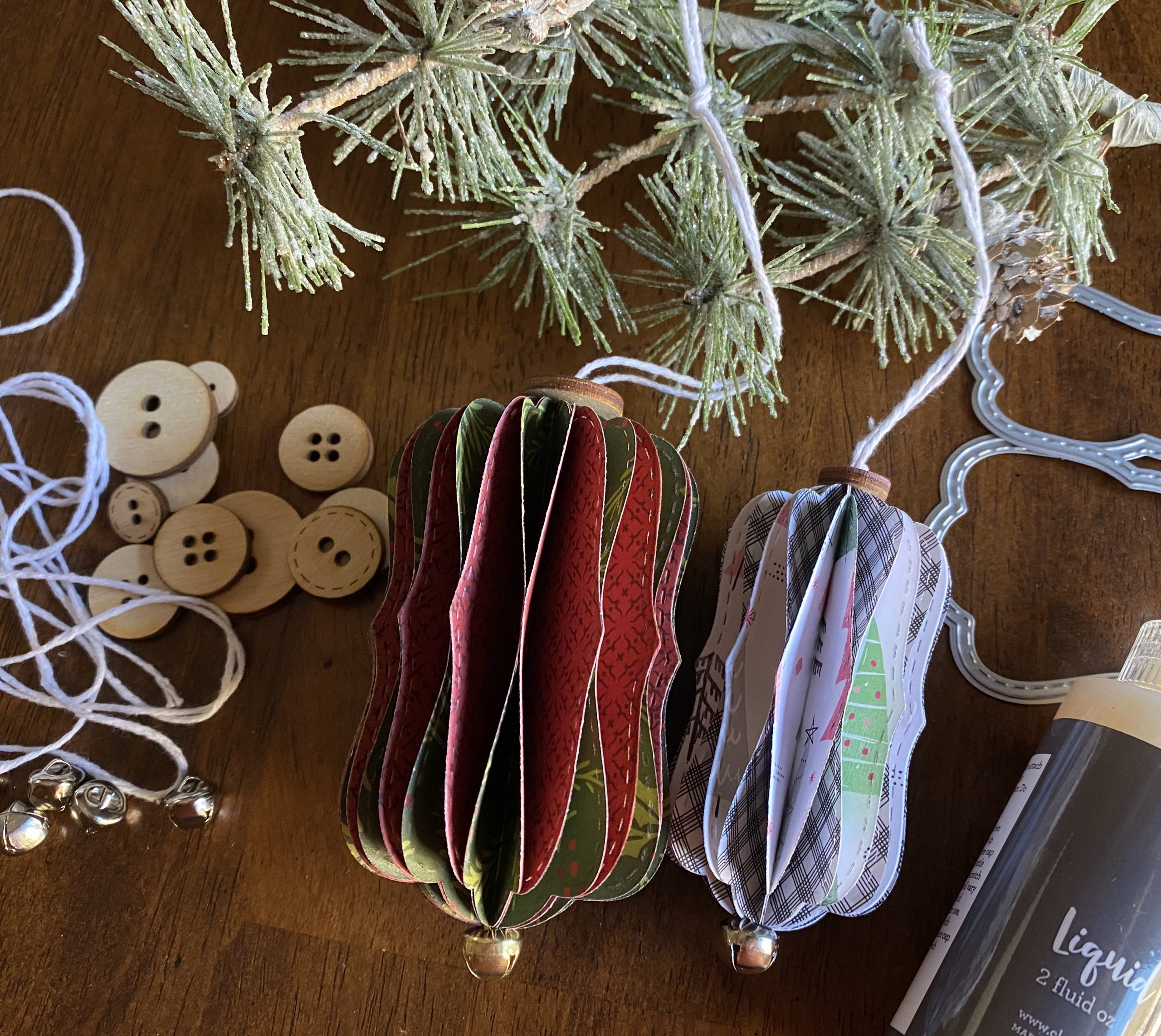 Holiday Ornaments Kit